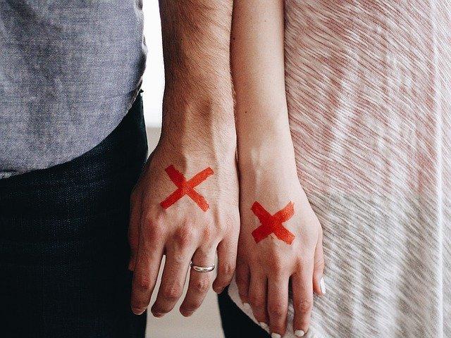 Contentious Divorce, Cooperative Parenting